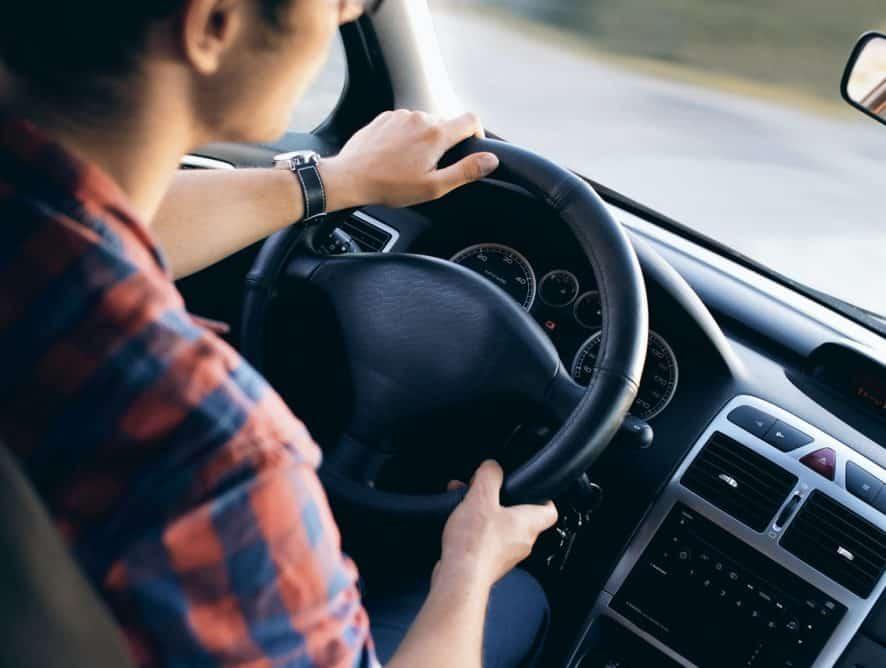 adult-automotive-blur-car-13861-886×668