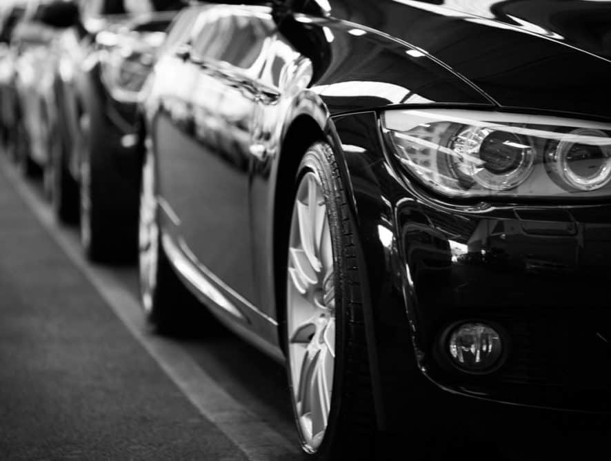 automobiles-automotives-black-and-white-black-and-white-70912-886×668