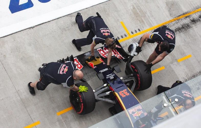 F1. W jaki sposób fani mogą doświadczyć namiastki królowej motorsportu?