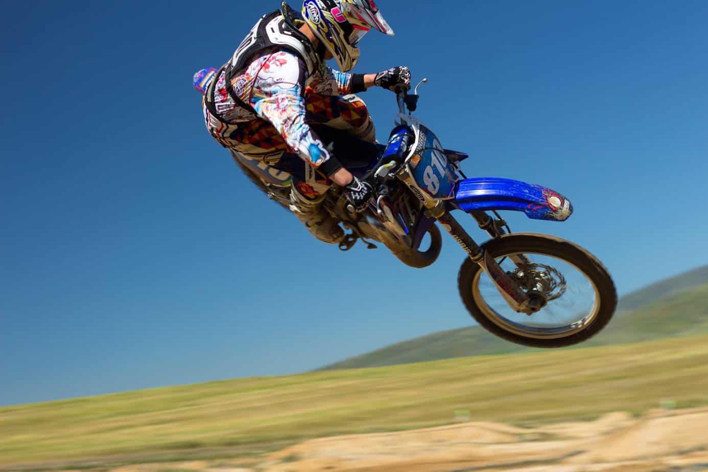 Żużlowcy przygotowują się do sezonu z pomocą motocrossu – Cieślak jest przeciwko!