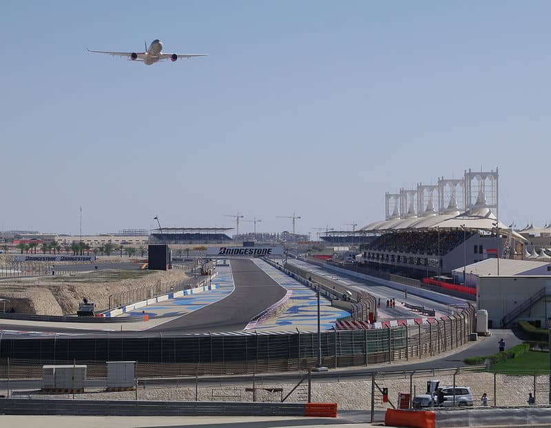 Bahrajn oferuje szczepionki personelowi Formuły 1