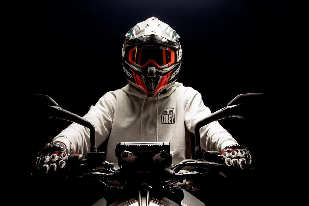 Jak przetransportować motocykl?